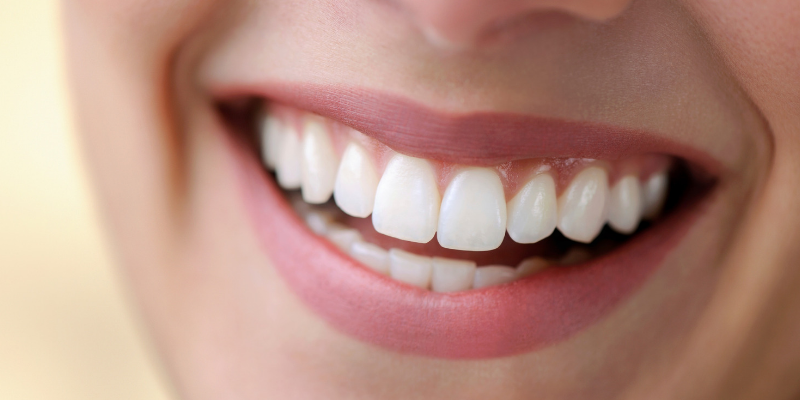 bleeding gums and the signs of gum disease